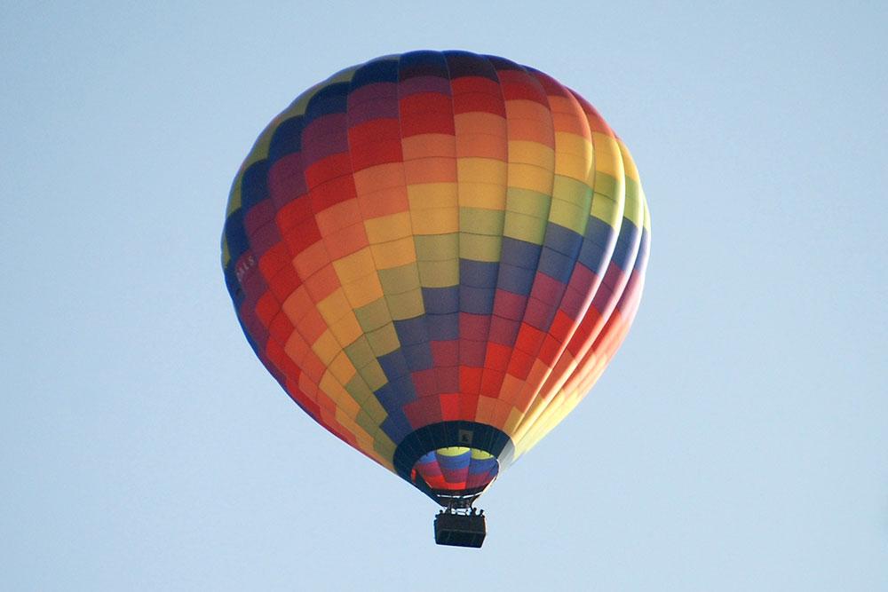 Teil 481 – Charon called oder der Regenbogenballon